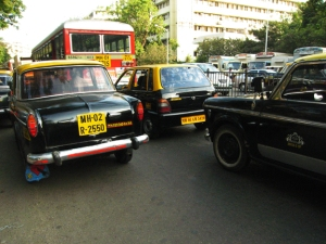 maruti in traffic