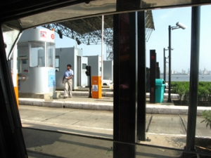 sealink toll booth2